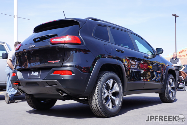 2014 Jeep Cherokee Trailhawk rearview